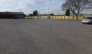 Transport Yard - TO LET in Kent - Fenced & Gated