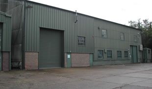 Industrial/Warehouse unit - Hornet Business Estate