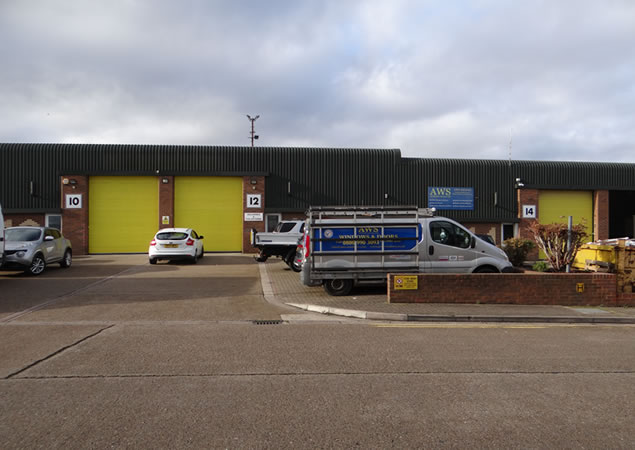 Units TO LET on Manford Industrial Estate - Erith, Kent